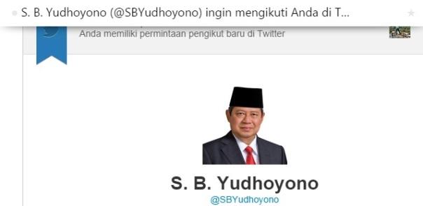 Twitter Saya Aja di Follow Presiden. Masa Kamu Gak ? Wkwkwkwk... Ini ya Twitter Saya @Yudhis_Rahardjo